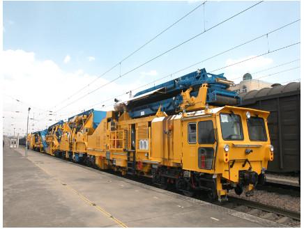 中国铁建试制成功世界最高效率清筛机