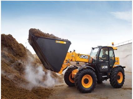 JCB在汉诺威农机展上发布新品农用伸缩臂叉装车