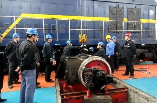 潞安集团煤炭铁路外运超额完成任务